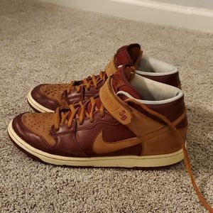 Nike SB Mens 10 used with lots of life left